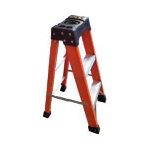 Tradecraft 3' Fiberglass  Step Ladder Grade 1A 300lb