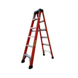 Tradecraft 6' Fiberglass  Step Ladder Grade 1A 300lb